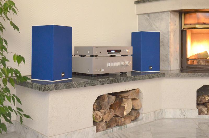 Dank kompakter Abmessungen und elegantem Design machen die Sound de Couleur in jedem Wohnzimmer eine sehr gute Figur.