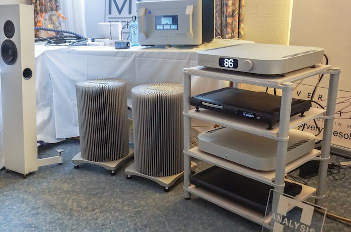 """MSB Technology, audiophiler Spezialist für DACs, Laufwerke und Verstärkertechnologie, präsentierte eine erlesene Elektronik-Auswahl – ganz oben: der Premium-Wandler """"The Discrete DAC"""""""