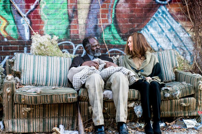 Zwischen dem Obdachlosen Denver und dem Ehepaar Hall entwickelt sich eine tiefe Freundschaft. (© Paramount Pictures)