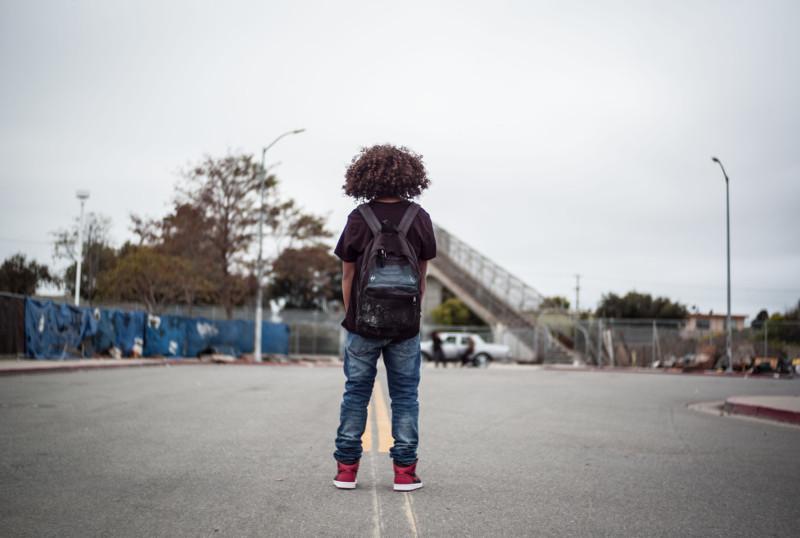 Seine Sneaker sind für Brandon mehr als nur ein Paar Schuhe. (© Universum Film)
