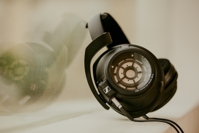 Sennheiser: Neben dem HD 820, dem HD 660 S und dem HE 1 können die Besucher viele weitere High-End-Kopfhörer probehören.