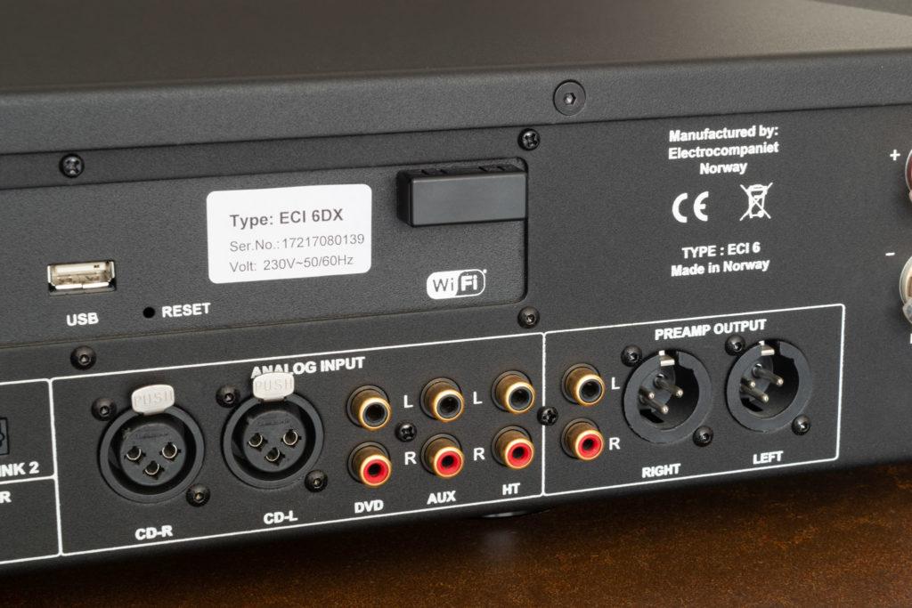 Das analoge Segment des ECI 6DX bietet nicht nur Ein-, sondern auch Ausgänge.