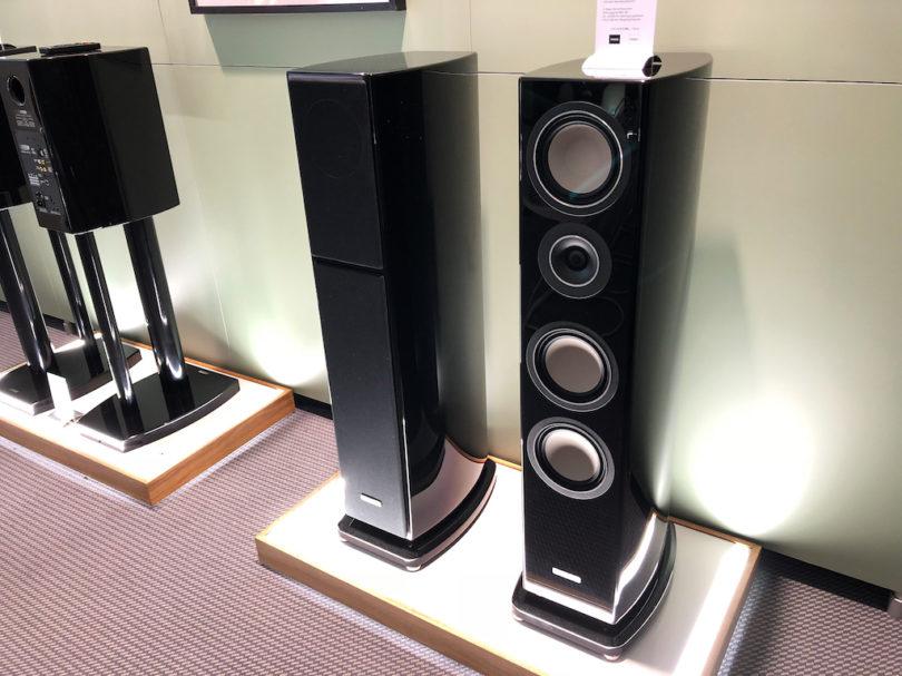 Die IQ Vento 9 Active bieten reichlich Leistung und kabellose Signalübertragung zwischen beiden Lautsprechern. Dank vieler Anschlussmöglichkeiten  wird weder ein Vor- noch Endverstärker benötigt.