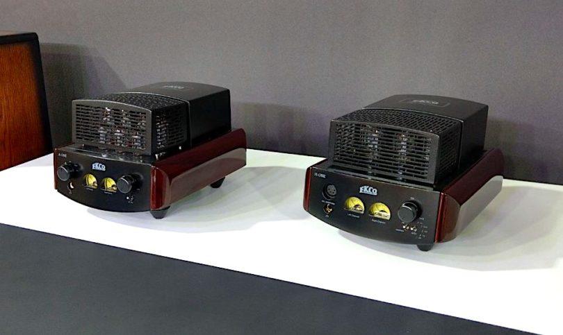 Halfsize-Hifi im Röhrendesign ist bei EKCO zu sehen. Im Fokus: die Modelle H-One und A-One.