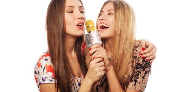 Karaoke-Mikrofon aus der MusicMan-Range von Technaxx mit integrierten Stereolautsprechern