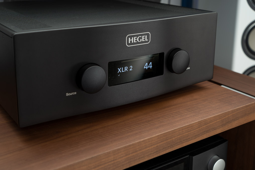 Referenz-Verstärker Hegel H590 – HiRes-Streaming und High