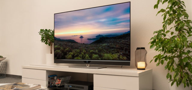 Metz Topas 65 – Fernsehen und Heimkino in neuer Dimension