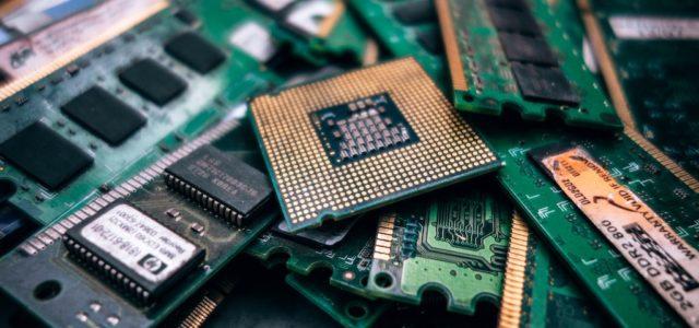 Verstärker, Drucker, Smartphones: Defekte Technik korrekt entsorgen