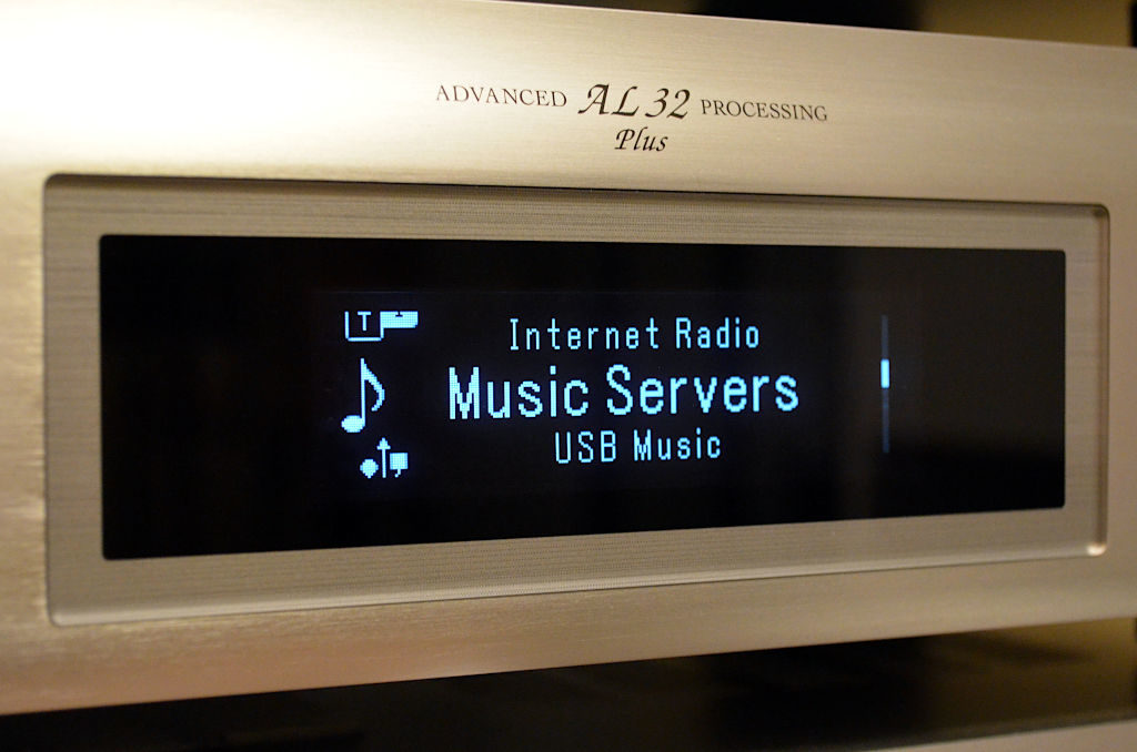 Der Netzwerk-Player DNP-800NE bietet Zugriff auf nahezu alle modernen HiFi-Quellen.