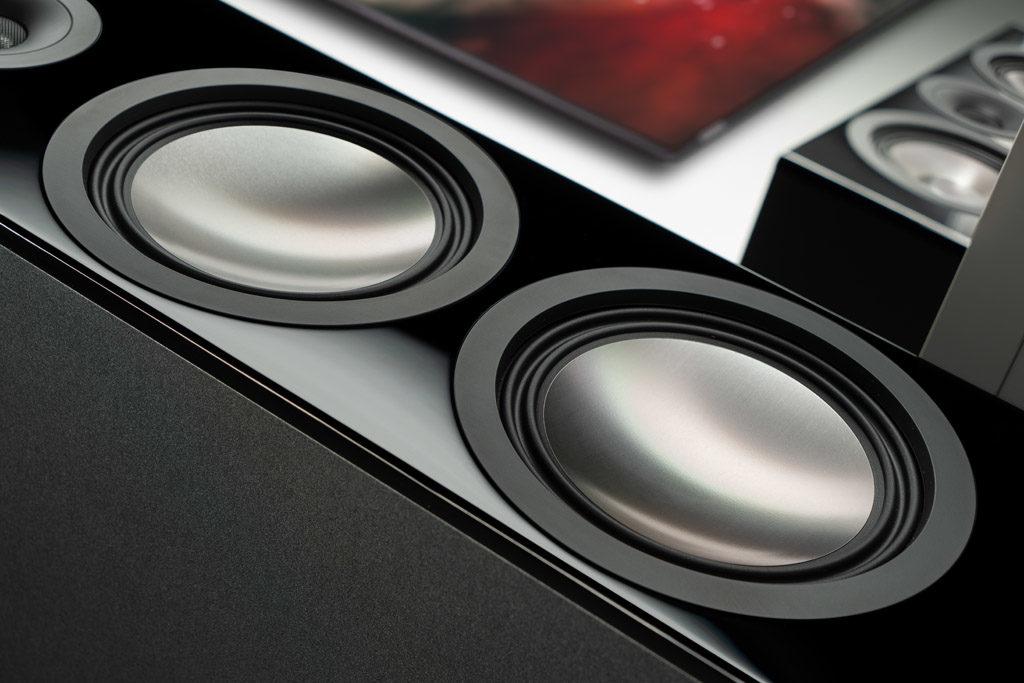 Die Titanium-Membranen der Chrono-Lautsprecher setzen in allen Belangen ein Highlight.
