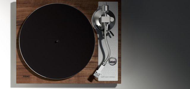 TN-4D: Neuer Plattenspieler von TEAC mit elegantem Low-Profile Design