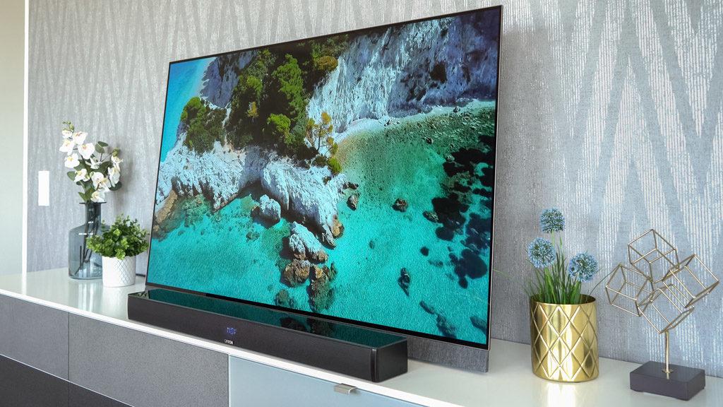 Die Canton Smart Soundbar 9 ist das Herzstück eines gleichermaßen als Surround-System und als Multiroom-Verbund agierenden Setups.