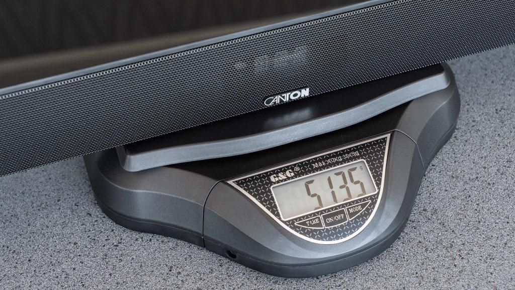 Schlank, aber dennoch kein klangliches Leichtgewicht: Die Smart Soundbar 9 steckt voller Technik.