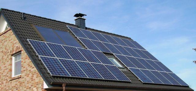Photovoltaik: Lohnt sich die Installation auch für Privatpersonen?