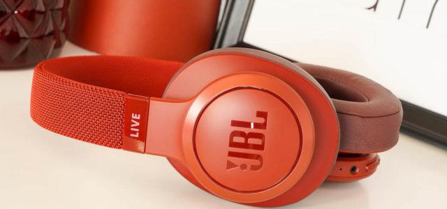 Weihnachten für die Ohren: Mit JBL über die Feiertage richtig aufdrehen