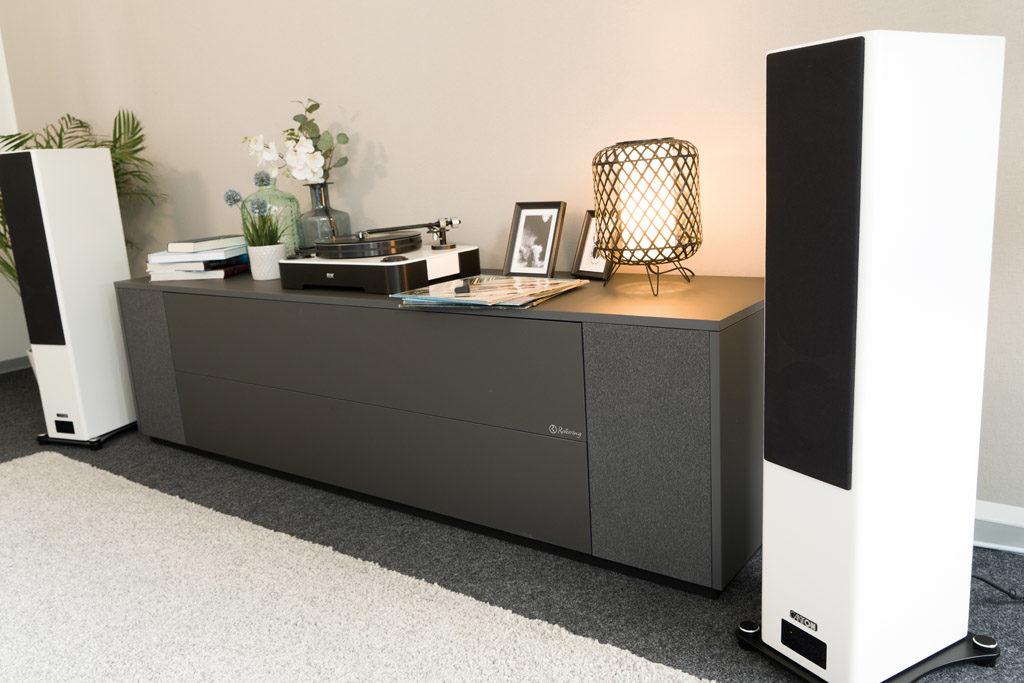 Klassisches HiFi-Setup oder moderne Klangkette? Mit den Smart A 25 geht beides problemlos.