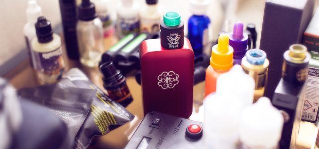 E-Zigarette tunen: Liquid selbst mischen – wie funktioniert's?