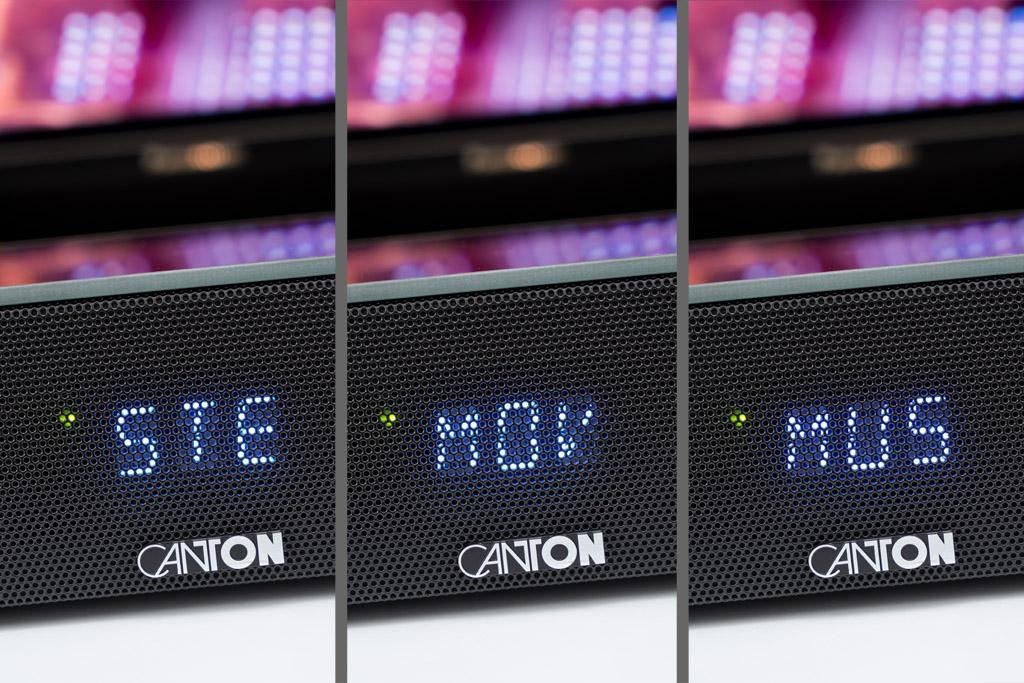 Das Display der Smart Soundbar 10 lässt sich auch trotz des davor sitzenden Lochgitters problemlos ablesen.