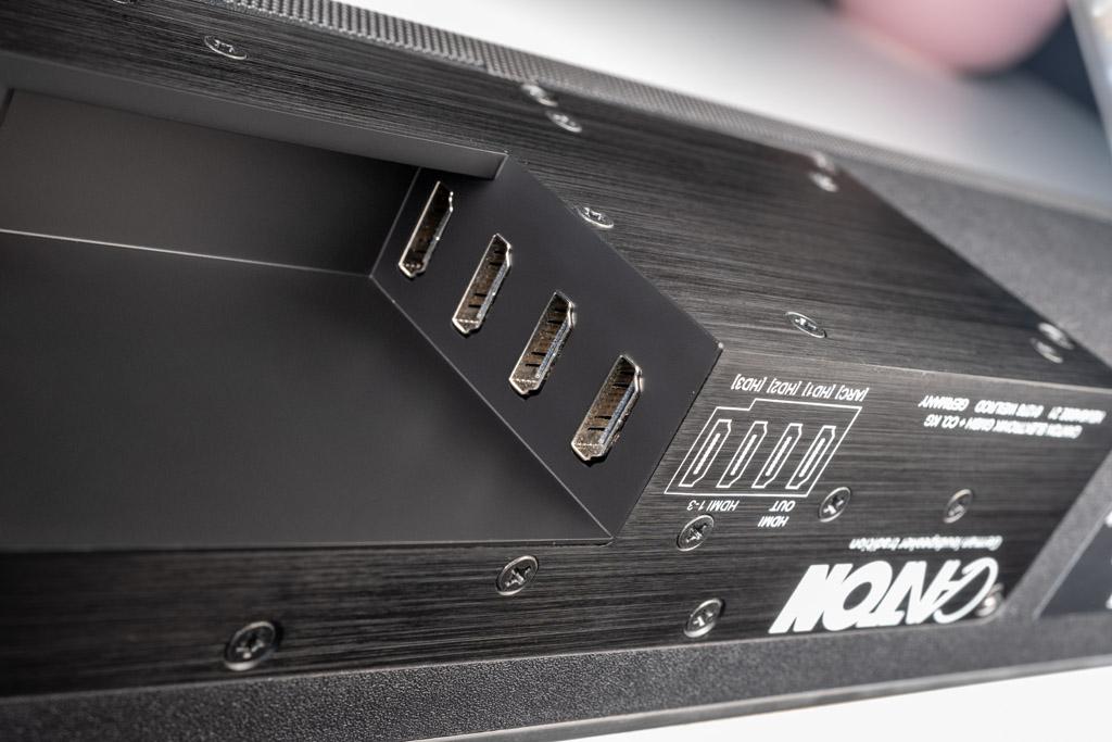 Die HDMI-Schnittstellen unterstützen auch 3D- und 4K-Signale.