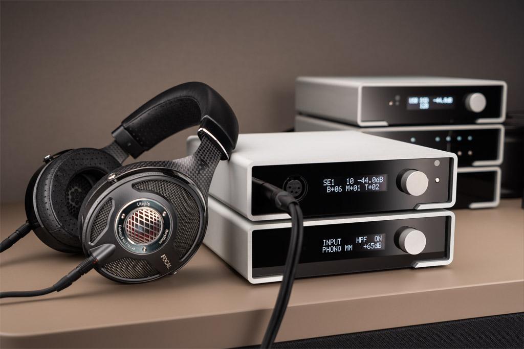 mit Bass-Boost InLine® Mobiler Stereo Kopfhörer-Verstärker 3,5mm Klinke 1x IN