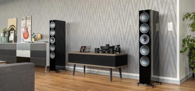 KEF R11 – Stilvolles Klangmöbel für höchste Ansprüche