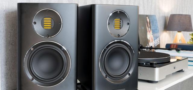 Elac Carina BS243.4 – Klanghighlight mit Designfaktor für audiophile Musikfreunde
