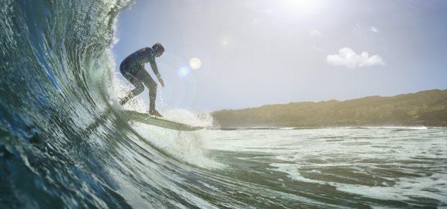 Garmin launcht seine erste Sport-Smartwatch für Surfer