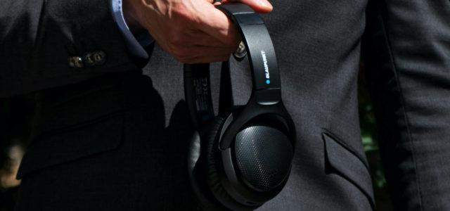 """Blaupunkt """"HPB 200"""" Over-Ear-Kopfhörer: Musik an, Hintergrundgeräusche aus"""