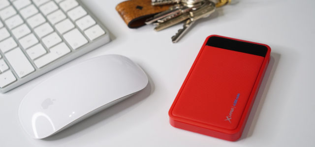 Bringen Farbe in den Alltag: Die Wireless Charger, Powerbanks und Mobile Accessoires der XLayer Colour Line