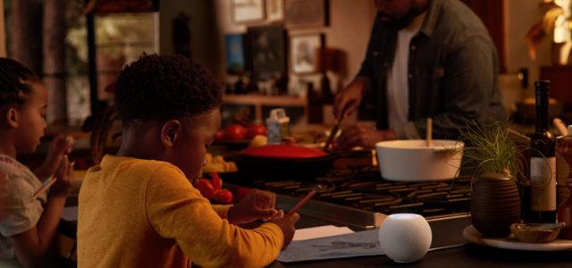 Apple stellt HomePod mini vor: Ein leistungsstarker intelligenter Lautsprecher