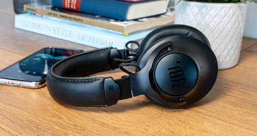JBL Club One: Personalisiert klingende Over-Ears für 50 Stunden perfekten Musikgenuss