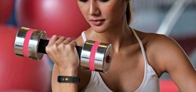 Technaxx präsentiert Smartwatch und Tracker mit digitaler Temperaturmessung