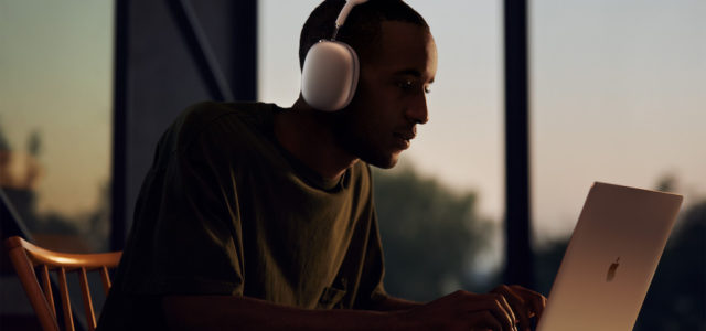 Apple stellt AirPods Max vor, die Magie der AirPods im beeindruckenden Over-Ear Design