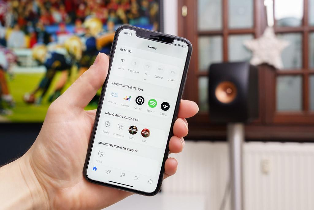 Die komplette Funktionsvielfalt samt ihrer Streaming-Möglichkeiten und Musidienst-Zugängen ist über die KEF Connect-App verfügbar.