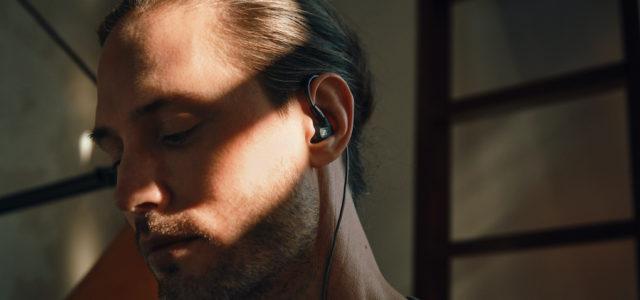 Die neuen Ohrhörer IE 300 von Sennheiser: Detailreicher Klang. Überall.