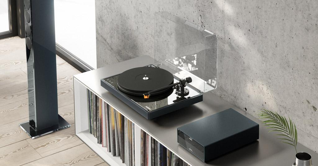 Der Revox Studiomaster T700 macht das Joy-System auch für Vinylisten interessant.