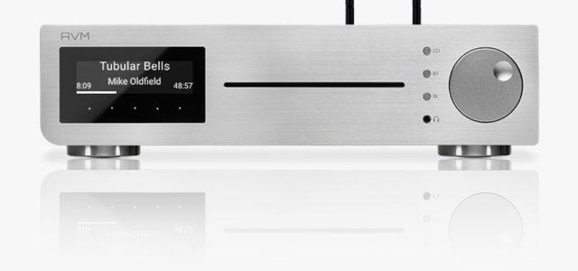 AVM präsentiert mit dem CS 2.3 die neueste Generation ihres kompakten CD Receivers