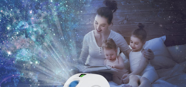 Lunartec Laser-3D-Sternenhimmel-Projektor, RGB-LEDs, Sprach-/Zeitsteuerung, App